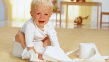 Táo bón ở trẻ em: Những điều cần phải biết